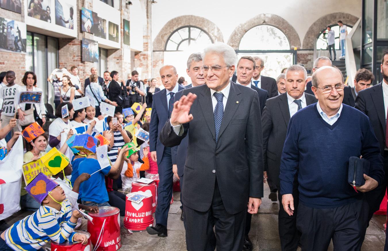 Il Presidente della Repubblica Sergio Mattarella in visita al Sermig di Torino, 2015